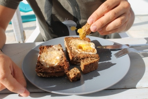 Dunking egg in a hole recipe