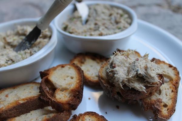 Sardine and mackerel rillettes recipe - simple