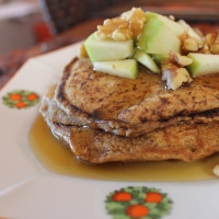 Vegan pumpkin pancakes for Sunday brunch