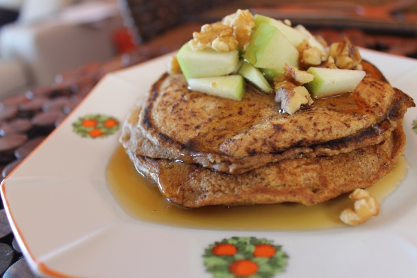 Vegan pumpkin pancakes - ready to eat