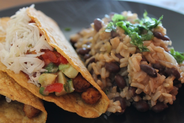 Chickpea tacos - close up