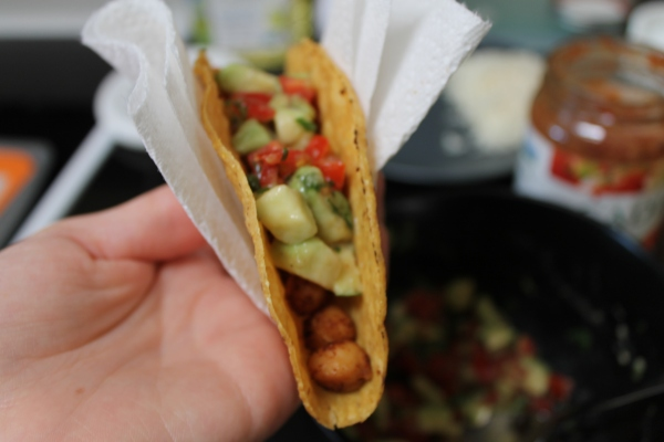 Chickpea tacos - loading the shells 2