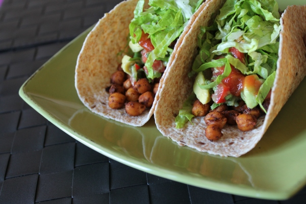 Vegan roasted chickpea tacos - wholegrain tortillas