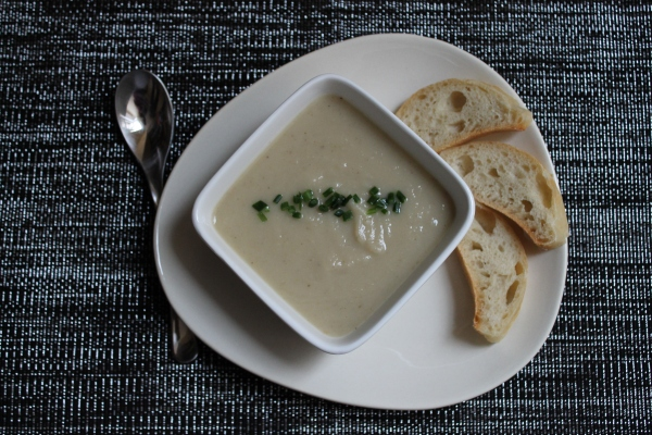 Vegan parsnip soup - from the top