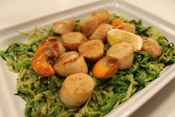 Scallops on zucchini spaghetti